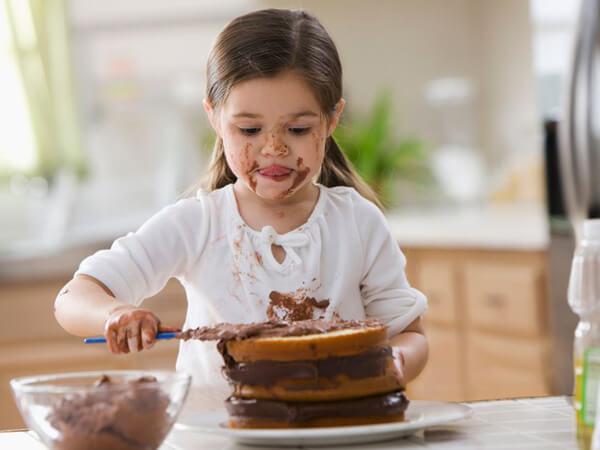Çikolata Lekesi Nasıl Çıkar?
