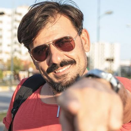 Mehmet Dinç Kimdir?