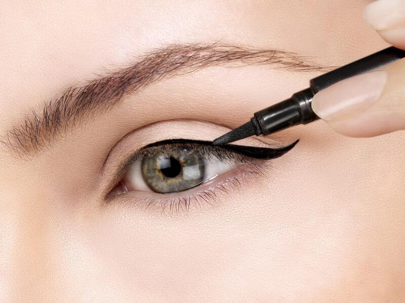 Kalem Eyeliner Nasıl Çekilir